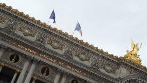 Menos mal que les queda París