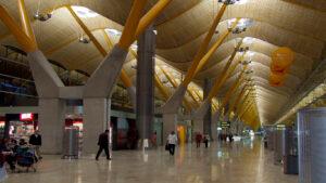 Cómo llegar del aeropuerto de Barajas al centro de Madrid