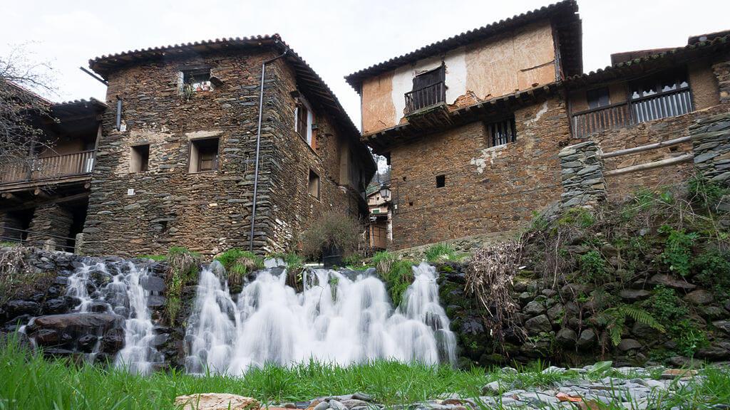 Casas en Robledillo de Gata