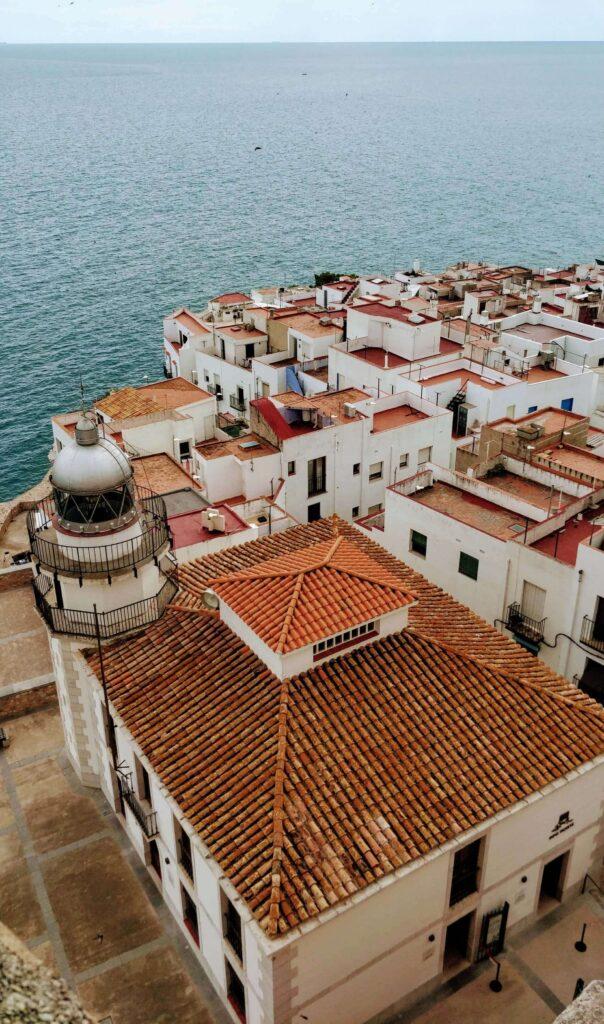Casas y mar en Peñiscola